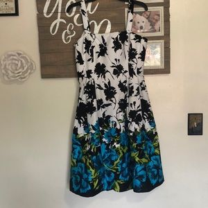 Like new condition flower dress
